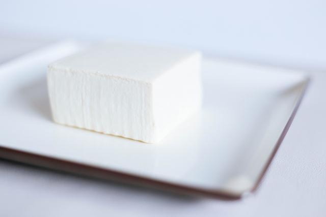 豆腐の冷凍保存の仕方は?パックのままでも冷凍できる?賞味期限は?