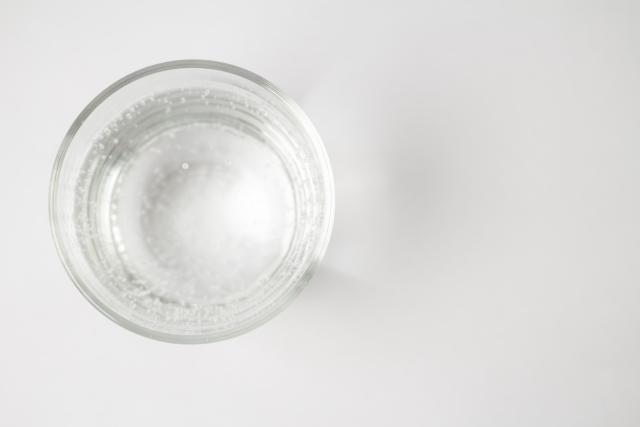残った炭酸水の使い道10選!料理や掃除、美容にも使える嬉しい活用法